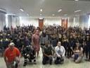 Granberyenses assistem a teatro e palestra sobre combate à dengue