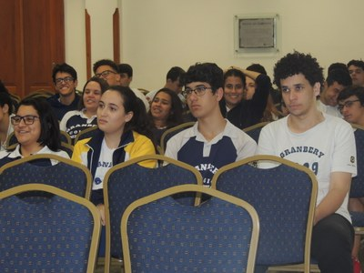 3º's anos participam de palestra motivacional com o Sistema Bernoulli