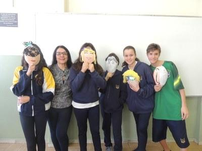 8ºs anos desenvolvem máscaras para Projeto de Formação