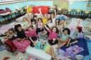 Alunos da Educação Infantil se divertem na Noite do Pijama
