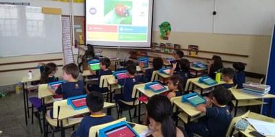 Alunos do Ensino Fundamental l participam de aulas com metodologias ativas