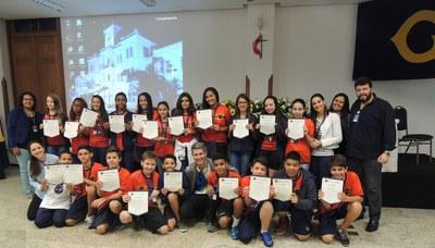 Alunos participam da premiação oficial dos Jogos Interclasses